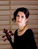 Instituto Villa-Lobos recebe a violoncelista Natasha Farny para masterclasse e recital
