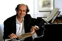 Master classes de Piano e Concerto com o pianista alemão Tim Ovens