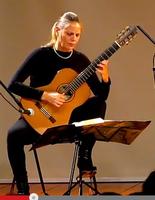 Unirio Musical: Obras latino-americanas com a Prof.ª Maria Haro (violão)