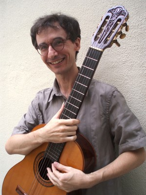 Clayton Vetromilla, violão