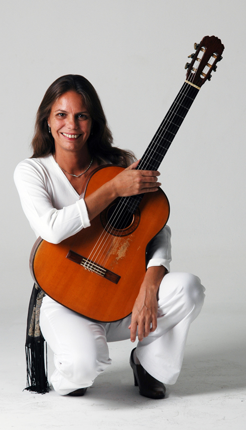 Maria Haro, violão